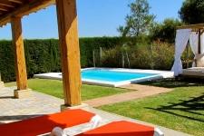 Tuin met privé zwembad huis 4 (Maria)