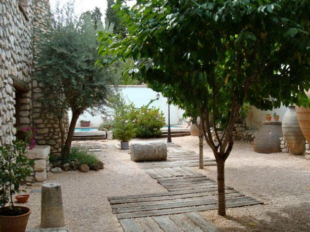 De patio van de villa