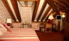 Hotel 3: Pedraza