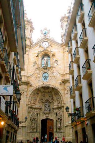 De Kathedraal, op 5 minuten lopen